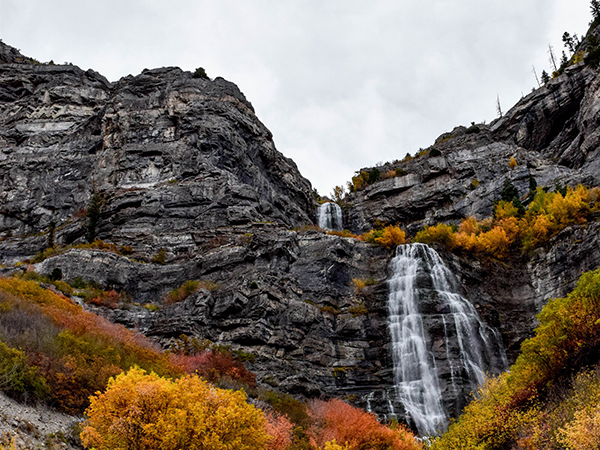 Fees drive away low-income families from outdoor places like Bridal Veil Falls, researchers say